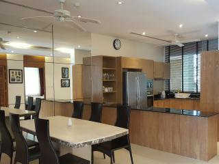 LAY 535 Lovely 3 Bedroom Apartment Close to Layan And Laguna Beach - Layan Beach vacation rentals