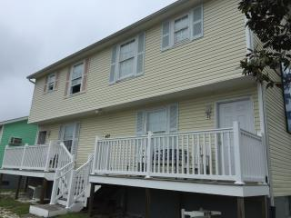 Big Townhouse Welcome Seniors, Groups  Pets OK - Ocean City vacation rentals