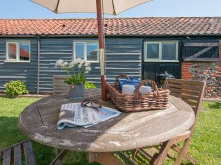Natterjack Cottage - Winterton-on-Sea vacation rentals