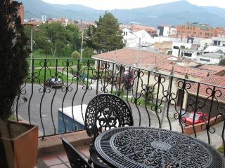 CORA - 2 Bed Family Apartment (Unicentro) - Colombia vacation rentals