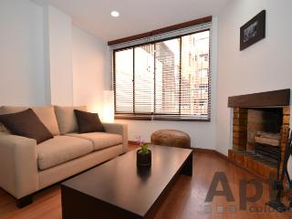 LAILA - 2 Bed Renovated Apartment with comfortable lounge - Bella Suiza - Bogota vacation rentals