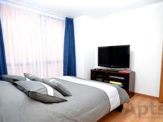 NANCY - 2 Bed Tourist / Executive Apartment (Parque 93) - Bogota vacation rentals