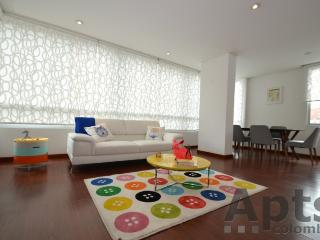 NADINA - 2 Bed Executive Apartment with designer fittings - Chico Norte - Bogota vacation rentals