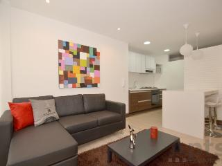 RAFAELA - 2 Bed Executive Apartment with balcony - Cedritos - Bogota vacation rentals