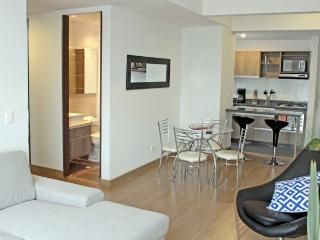 SAFIRA II - 2 Bed Modern Apartment with nevecon & balcony - Los Andes - Bogota vacation rentals