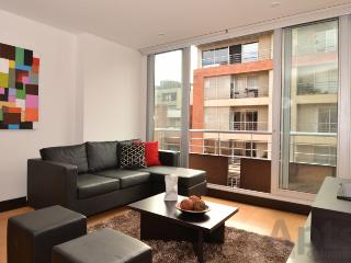 VERONICA - 1 Bed Executive Studio Apartment with walk in closet (Zona T) - Bogota vacation rentals