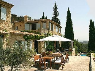 6 bedroom Condo with Internet Access in Cucuron - Cucuron vacation rentals