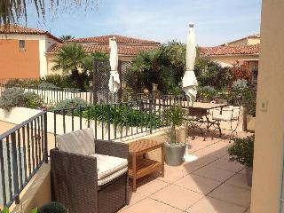 Bright Condo with Internet Access and Shared Outdoor Pool - Port Cogolin vacation rentals