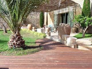 Charming 3 bedroom Villa in Nezignan l'Eveque - Nezignan l'Eveque vacation rentals