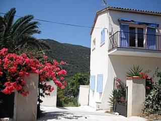 Rayol Canadel Sur Mer Apartment - Le Rayol-Canadel vacation rentals