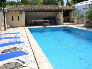 Lovely Condo with Internet Access and Balcony - Béziers vacation rentals