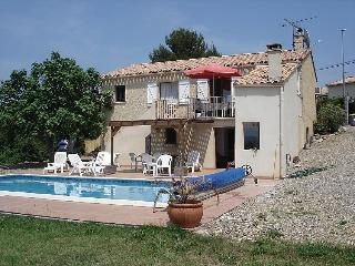 Charming Villa with Internet Access and Balcony - Thezan-Les-Beziers vacation rentals