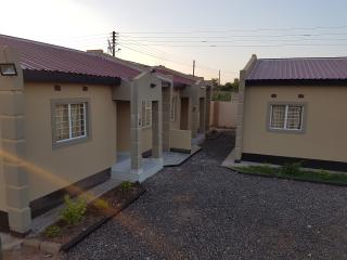 Cozy 2 bedroom Apartment in Livingstone - Livingstone vacation rentals