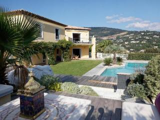 Nice Villa with Internet Access and Balcony - Grimaud vacation rentals