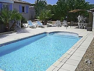 Charming Villa with Internet Access and Balcony - Maraussan vacation rentals