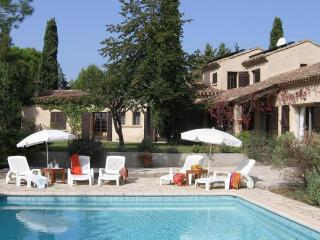 Charming Villa with Internet Access and Balcony - Saint-Pargoire vacation rentals