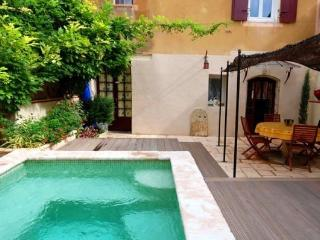 Perfect Villa with Balcony and Private Outdoor Pool - Cazouls d'Herault vacation rentals