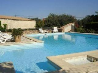 Charming Villa with Balcony and Parking in Ferrals-les-Corbieres - Ferrals-les-Corbieres vacation rentals