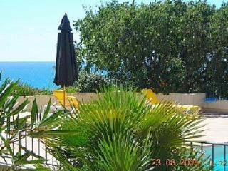 Beautiful 3 bedroom Apartment in Sete with Internet Access - Sete vacation rentals