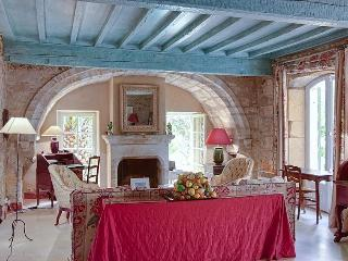 Nice Villa with Internet Access and Parking - Montblanc vacation rentals