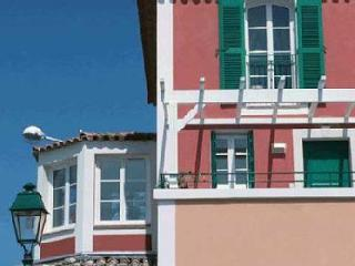 Duplex Port Grimaud - Port Cogolin vacation rentals