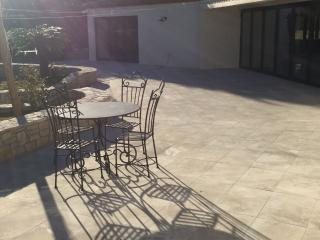 Lovely Studio with Internet Access and Balcony - Grimaud vacation rentals