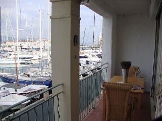 Port Grimaud Seaview Apartment - Grimaud vacation rentals