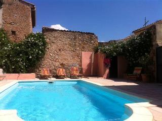 Nice Villa with Internet Access and Balcony - Cruzy vacation rentals