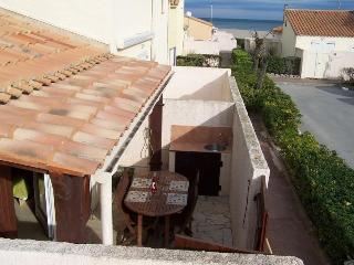 Perfect 2 bedroom Villa in Saint-Pierre-sur-Mer with Balcony - Saint-Pierre-sur-Mer vacation rentals