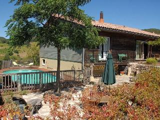 3 bedroom Villa with Internet Access in Faugeres - Faugeres vacation rentals