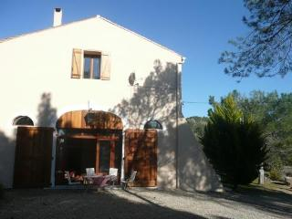 Gorgeous Villa with Internet Access and Balcony - Cazedarnes vacation rentals