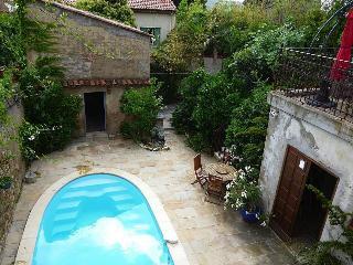 Comfortable 4 bedroom Villa in Puissalicon - Puissalicon vacation rentals