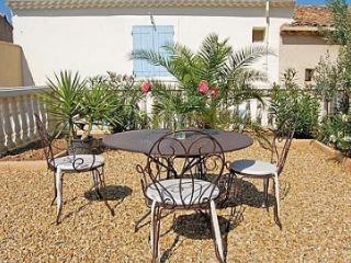 Charming Villa with Internet Access and Balcony - Puissalicon vacation rentals