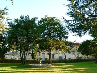 Lovely Villa with Internet Access and Balcony - Bouillargues vacation rentals