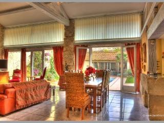 6 bedroom Villa with Internet Access in Nissan-lez-Enserune - Nissan-lez-Enserune vacation rentals
