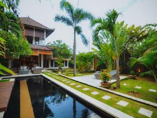 Cozy Tropical 2br villa in Seminyak - Kerobokan vacation rentals