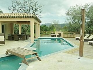 Comfortable 5 bedroom Villa in Le Plan-de-la-Tour with Internet Access - Le Plan-de-la-Tour vacation rentals