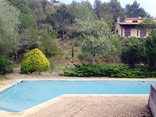Lovely 3 bedroom Villa in Cessenon-sur-Orb with Internet Access - Cessenon-sur-Orb vacation rentals