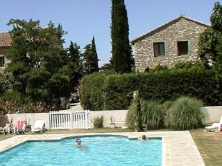 Bright 3 bedroom Condo in Narbonne with Internet Access - Narbonne vacation rentals