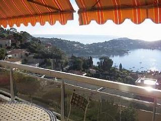 Nice Condo with Internet Access and Balcony - Villefranche-sur-Mer vacation rentals