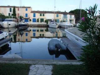 Beautiful 3 bedroom Villa in Port Grimaud with Balcony - Port Grimaud vacation rentals