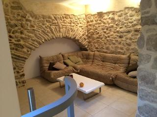 Lovingly Restored Village House with Plunge Pool in Moussan - Moussan vacation rentals
