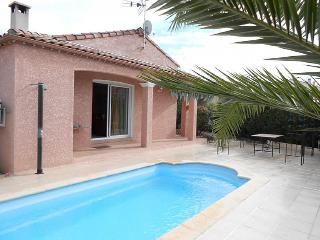Comfortable 3 bedroom Roujan Villa with Balcony - Roujan vacation rentals