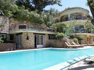 Nice Villa with Internet Access and Balcony - Cannes vacation rentals