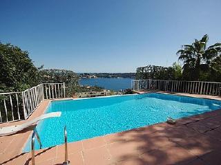 Nice 5 bedroom Villefranche-sur-Mer Apartment with Internet Access - Villefranche-sur-Mer vacation rentals