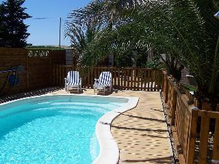Charming 3 bedroom Sauvian Condo with Internet Access - Sauvian vacation rentals
