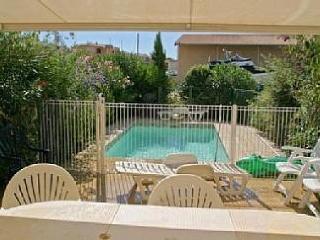 Nice 3 bedroom Villa in Grimaud with Internet Access - Grimaud vacation rentals