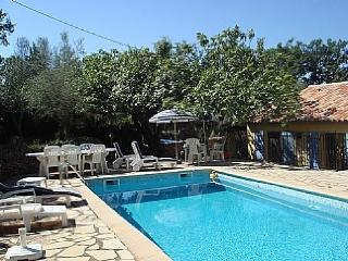 Nice Villa with Internet Access and Balcony - Bagnols-en-Foret vacation rentals