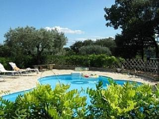 Villa in Roujan, sleeps 11 - 5 bedrooms. - Roujan vacation rentals