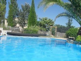 8 bedroom Condo with Private Outdoor Pool in Margon - Margon vacation rentals